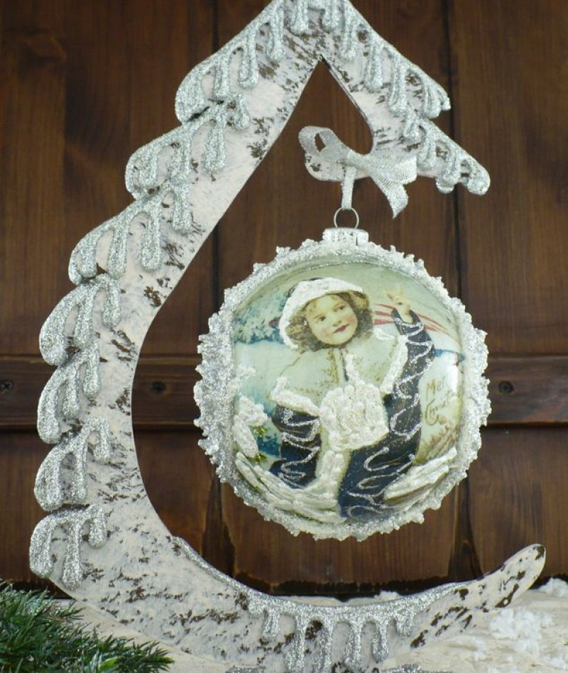 """Ball in the style of """"Decoupage"""" art. 0816"""