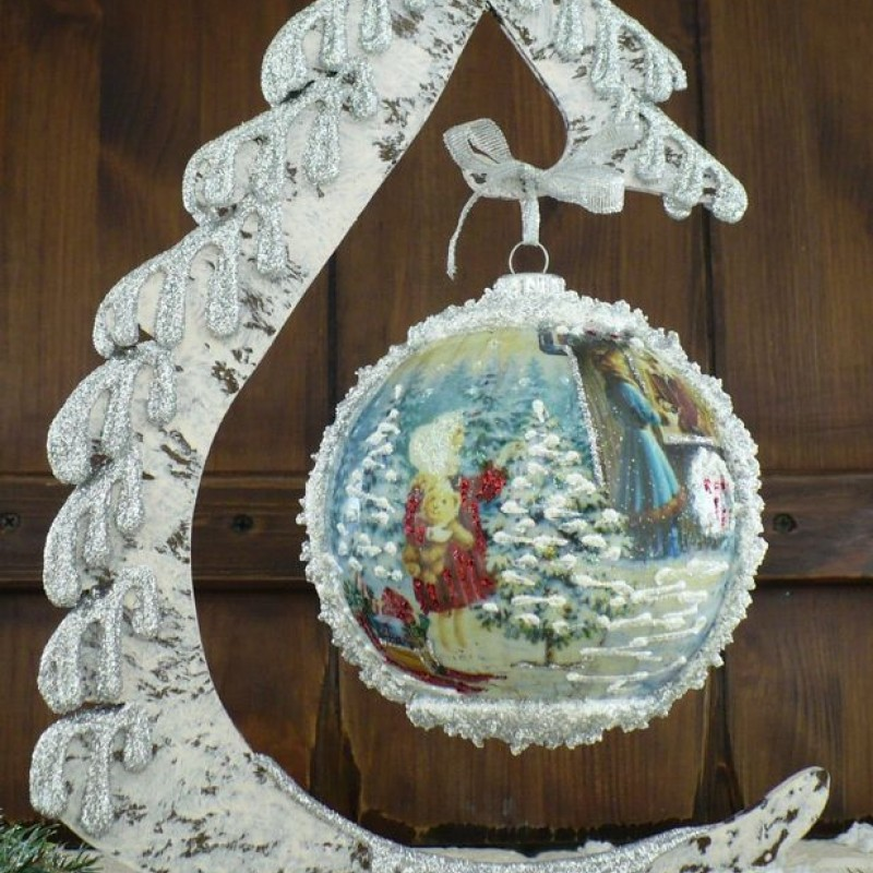 "Ball in the style of ""Decoupage"" art. 0949"