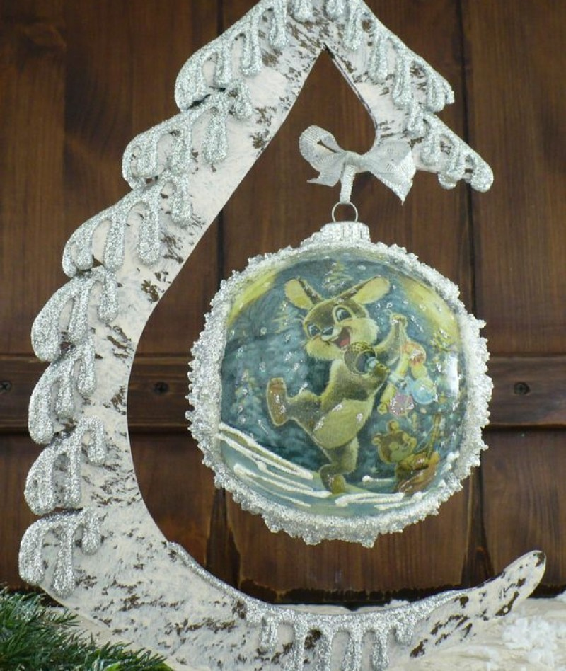"""Ball in the style of """"Decoupage"""" art. 0955"""